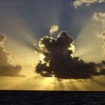 das Leuchten eines Wolkensaumes